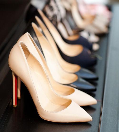 Top 7 món đồ thời trang công sở không thể thiếu