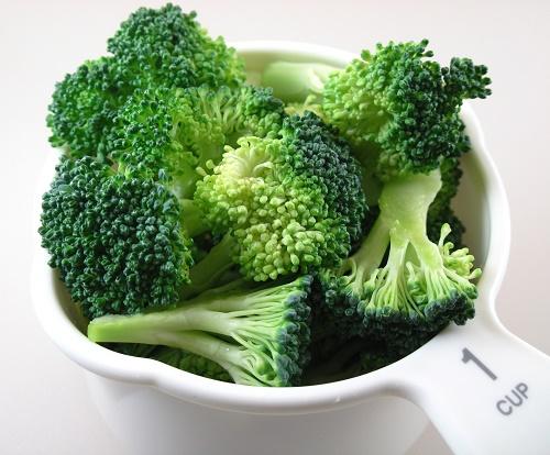 cách làm trắng da bằng bông cải xanh (súp lơ)
