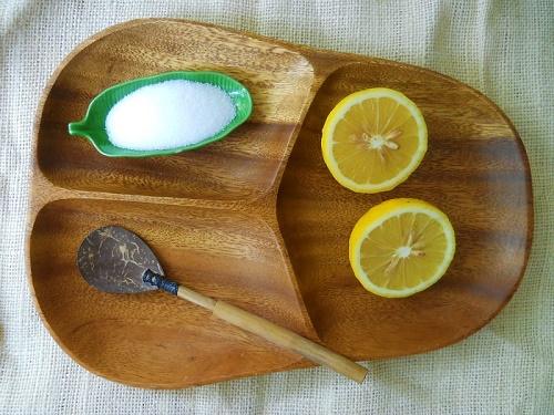 3 cách trị mụn đầu đen nhanh và hiệu quả nhất tại nhà bằng chanh và muối