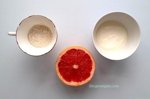 cách làm trắng da mặt mà không ăn nắng từ bột gạo