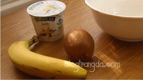 Cách làm kem dưỡng trắng da mặt tại nhà an toàn từ Kiwi