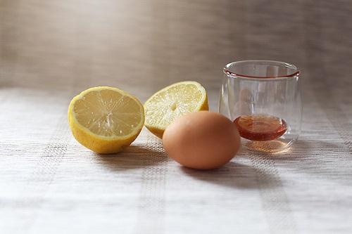 cách trị mụn trứng cá bằng trứng gà hiệu quả