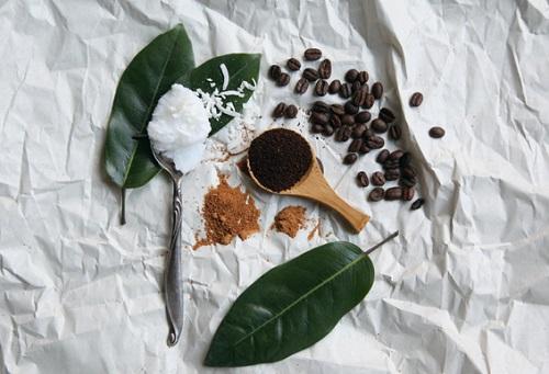 cách làm trắng da toàn thân bằng cà phê