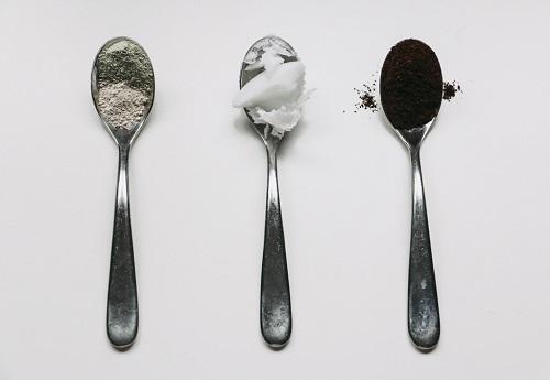 cách làm trắng da mặt từ cà phê hiệu quả nhất hiện nay