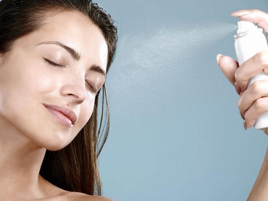Da khô chăm sóc khác da nhờn như thế nào?