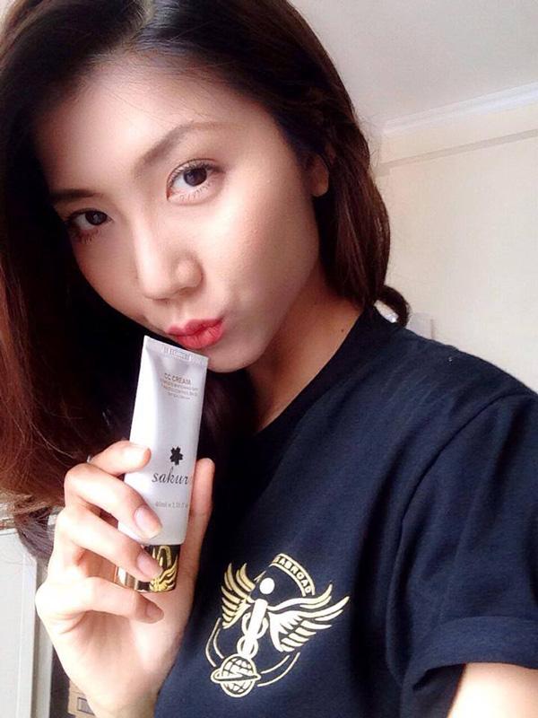 Dòng kem trang điểm Sakura CC Cream giá bao nhiêu?