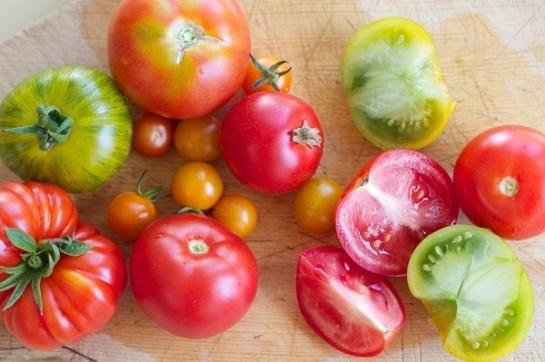 cách làm trắng da mặt từ cà chua