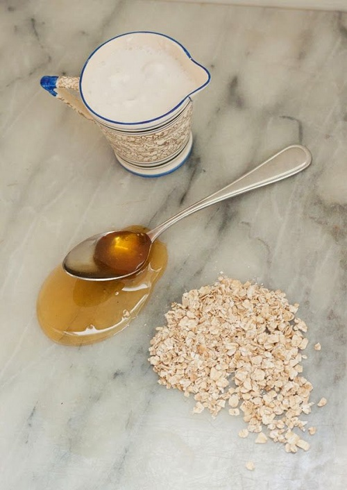 Dưỡng da trắng mịn với cách làm trắng da từ yến mạch, mật ong, sữa tươi