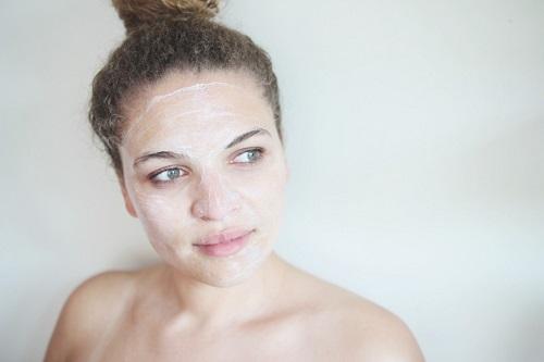 cách làm trắng da mặt cho nữ tại nhà