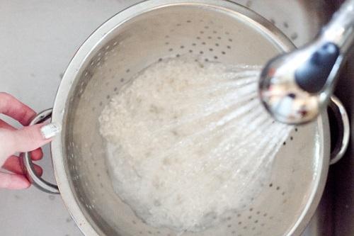 Da siêu sáng mịn từ cách làm trắng da mặt từ nước vo gạo